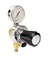 Regulador en línea  para gases no corrosivos. Simple etapa